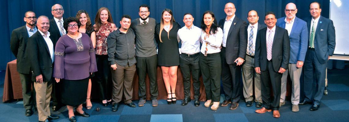 """Foto ponentes conferencia """"Desarrollo económico y emprendimiento"""""""